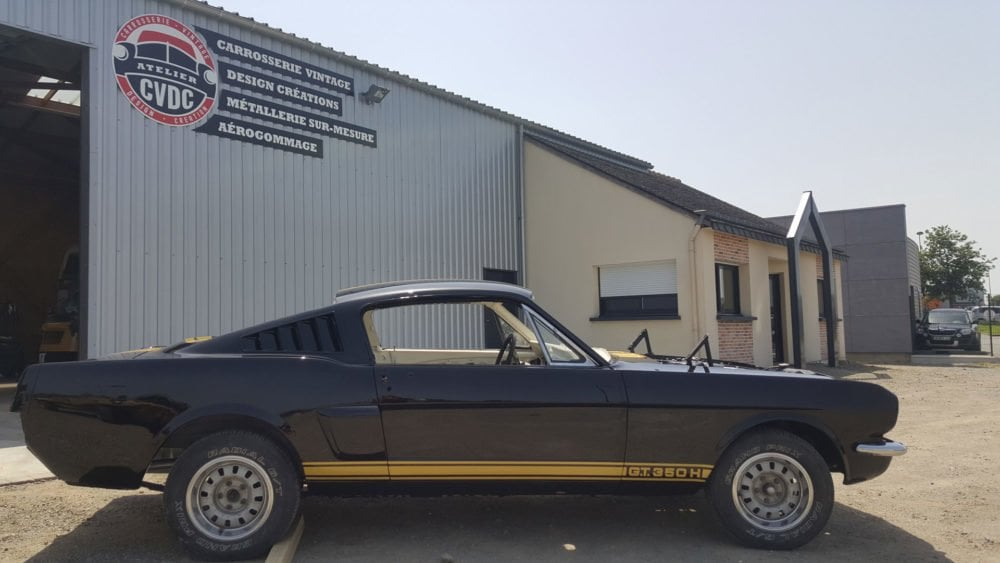 restauration voiture ancienne ford mustang 1966 1
