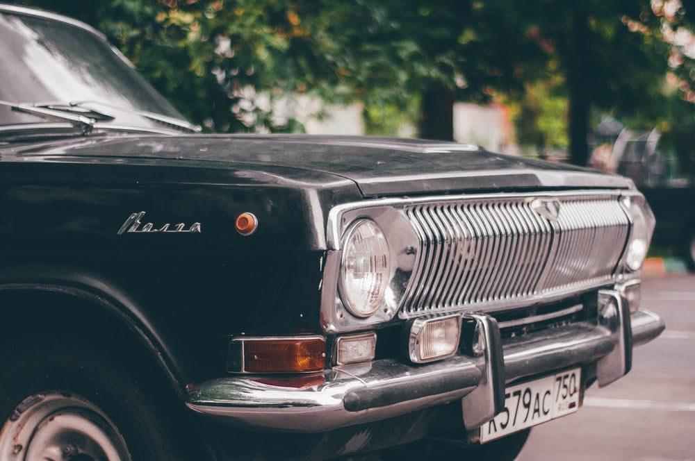 capot voiture ancienne